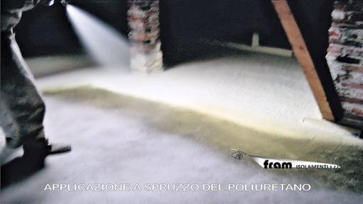 Applicazione poliuretano a spruzzo
